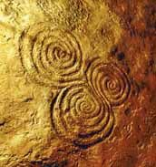Три круга на каменной пластине